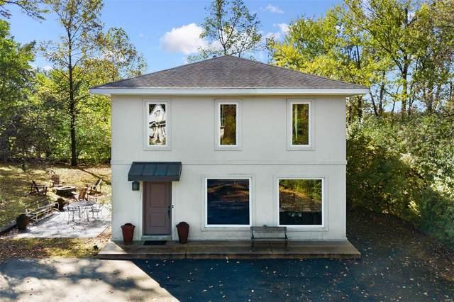 2 Dielmann Farm Estates Drive, Creve Coeur, MO 63141 (#21057962) :: Clarity Street Realty