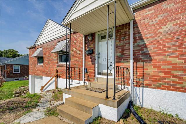 2133 Kevin, St Louis, MO 63125 (#21058295) :: Parson Realty Group