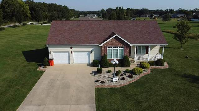 101 Quail Hollow, Greenville, IL 62246 (#21061054) :: The Becky O'Neill Power Home Selling Team