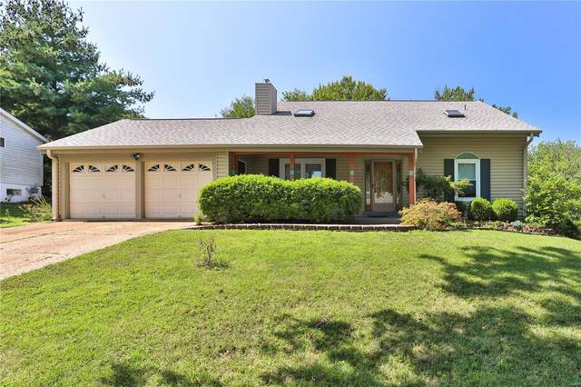 827 Country Heights Court, Manchester, MO 63021 (#21061597) :: The Becky O'Neill Power Home Selling Team
