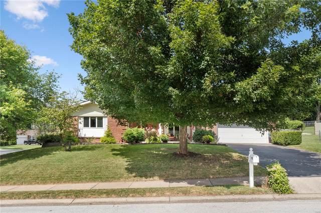 901 Elmwood Drive, Saint Charles, MO 63301 (#21063073) :: Century 21 Advantage