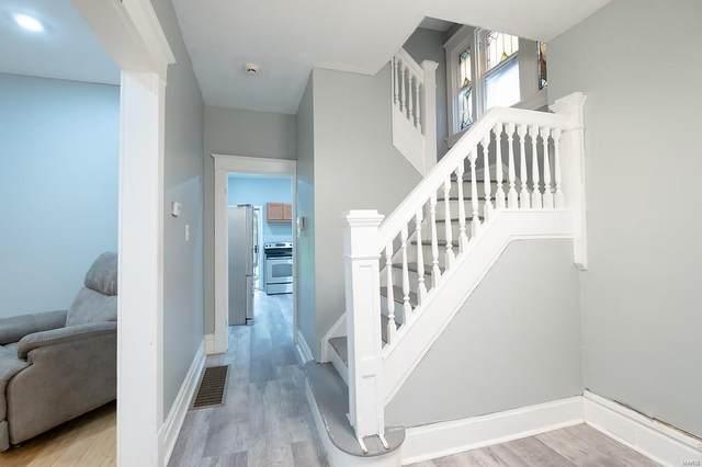 5853 Wabada Avenue, St Louis, MO 63112 (#21065542) :: Walker Real Estate Team