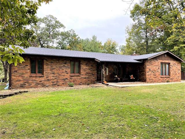 3013 Ash Road, Glen Carbon, IL 62034 (#21074160) :: The Becky O'Neill Power Home Selling Team