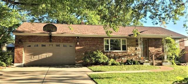 9254 Riverwood, St Louis, MO 63136 (#21075210) :: Kelly Hager Group | TdD Premier Real Estate