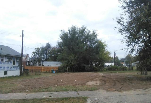 369 N 26th Street, East St Louis, IL 62205 (#17084895) :: Sue Martin Team