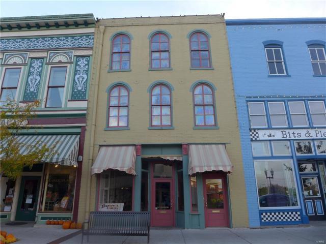 219 North Main Street, Hannibal, MO 63401 (#17085753) :: Sue Martin Team