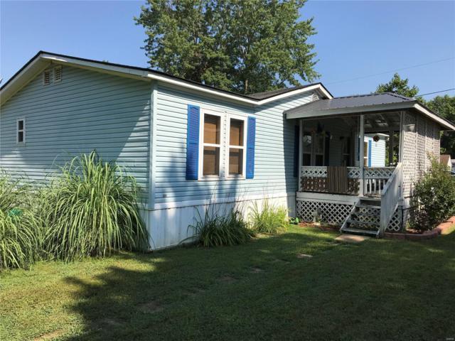 8406 Village Green, Cedar Hill, MO 63016 (#18056475) :: PalmerHouse Properties LLC