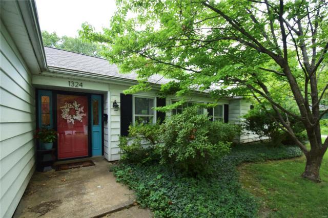 1324 Grand Avenue, Edwardsville, IL 62025 (#18059549) :: Clarity Street Realty