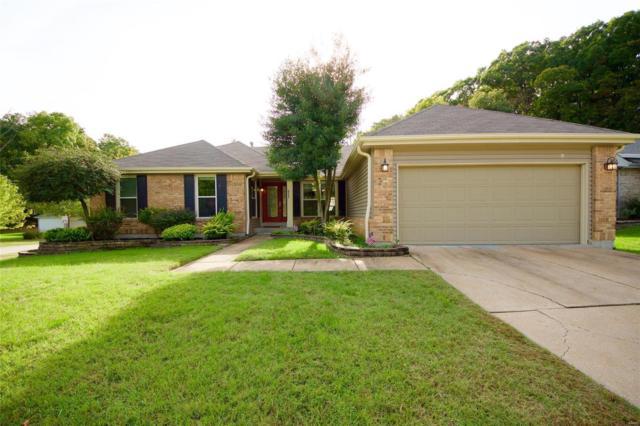 952 Westrun, Ballwin, MO 63021 (#18082199) :: The Becky O'Neill Power Home Selling Team