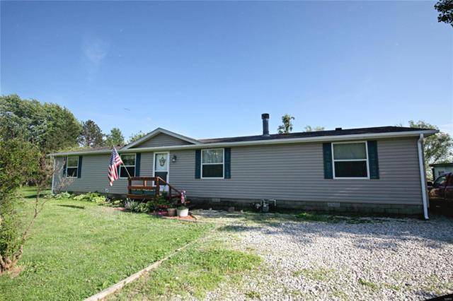 528 Il 185, Vandalia, IL 62471 (#19037666) :: The Becky O'Neill Power Home Selling Team
