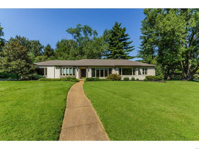 10 Ladue Manor, Ladue, MO 63124 (#19064823) :: Kelly Shaw Team