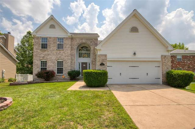 11306 Taylor Pines Drive, Maryland Heights, MO 63043 (#20047947) :: The Becky O'Neill Power Home Selling Team