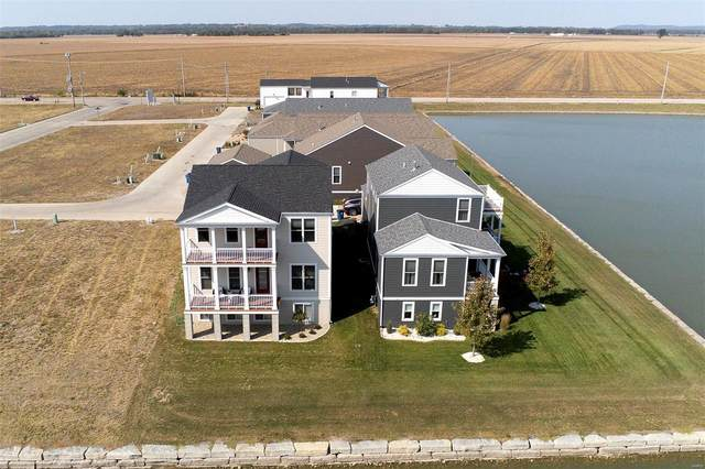 113 Front Lake Lane, Saint Charles, MO 63301 (#20069821) :: Kelly Hager Group | TdD Premier Real Estate