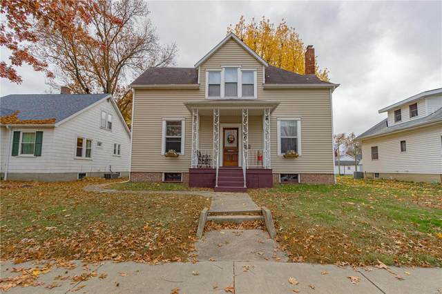 1408 13th Street, Highland, IL 62249 (#20070328) :: Hartmann Realtors Inc.
