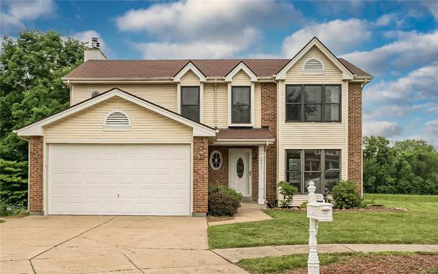 2871 Chapel View, Florissant, MO 63031 (#21035256) :: The Becky O'Neill Power Home Selling Team