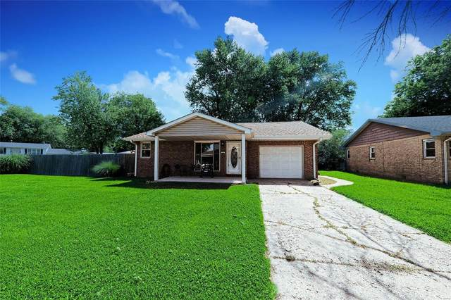 22 Moorland, Granite City, IL 62040 (#21037499) :: Parson Realty Group