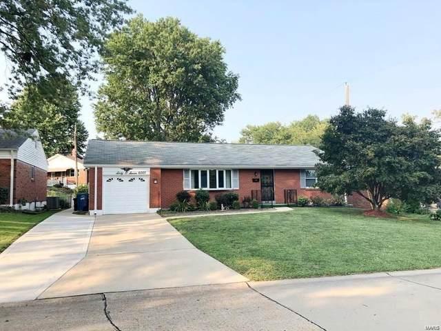 6007 Ranchwood Drive, St Louis, MO 63123 (#21064382) :: Jenna Davis Homes LLC