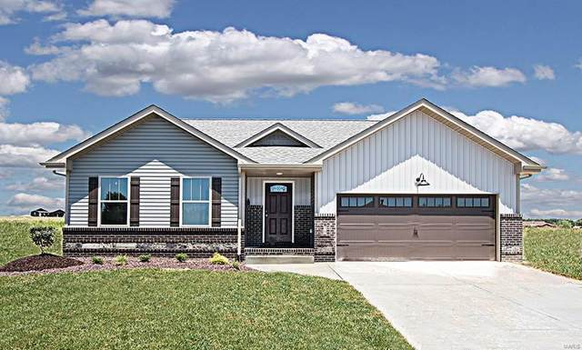 70 N Harvest Crest Court, Highland, IL 62249 (#20039255) :: Parson Realty Group