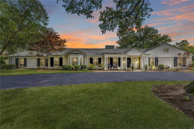 2940 Devondale Place, Frontenac, MO 63131 (#20073716) :: Kelly Hager Group | TdD Premier Real Estate