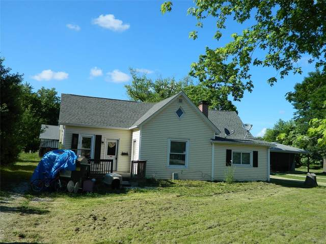 416 W Water, Wellsville, MO 63384 (#21037934) :: RE/MAX Vision