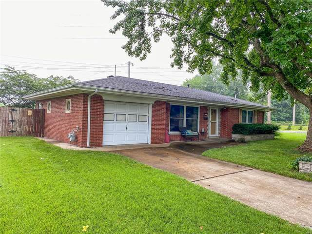 105 Barrington Drive, Belleville, IL 62223 (#20054167) :: The Becky O'Neill Power Home Selling Team