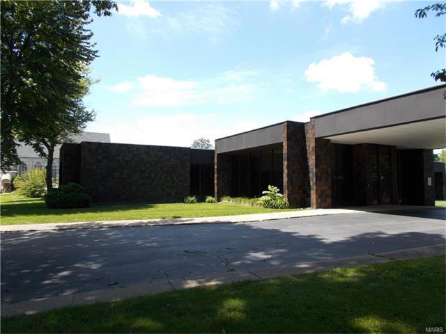2710 College Avenue, Alton, IL 62002 (#16036412) :: Fusion Realty, LLC