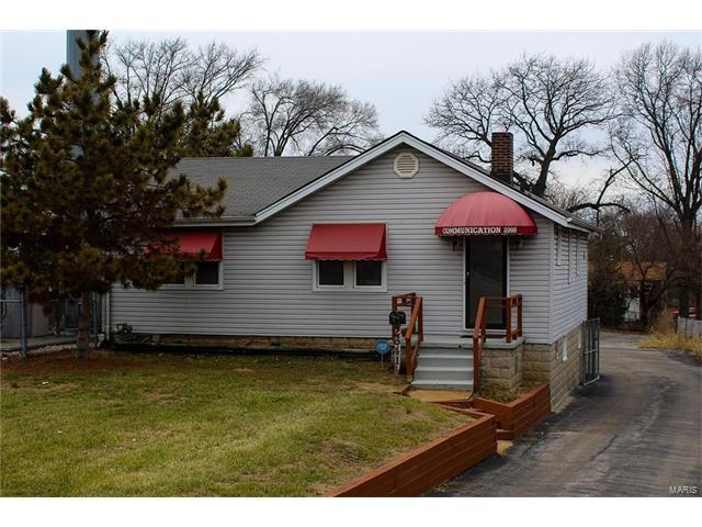 2641 Telegraph, St Louis, MO 63125 (#17006424) :: Clarity Street Realty