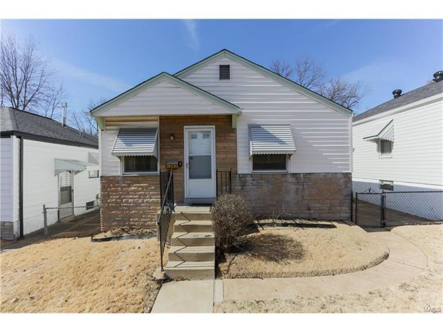 1343 Kraft, St Louis, MO 63139 (#17007803) :: Clarity Street Realty