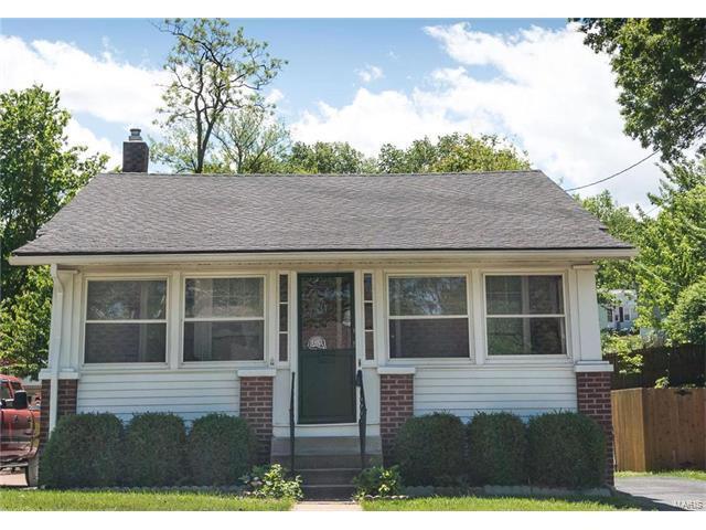 7600 Folk Avenue, St Louis, MO 63143 (#17022764) :: Clarity Street Realty