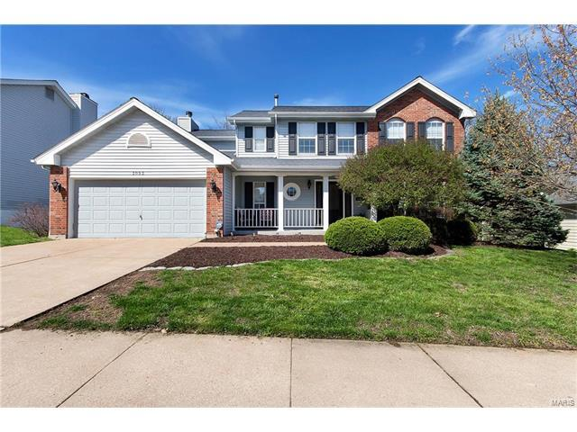 3053 Summerfield Manor Drive, Oakville, MO 63129 (#17026511) :: The Becky O'Neill Power Home Selling Team
