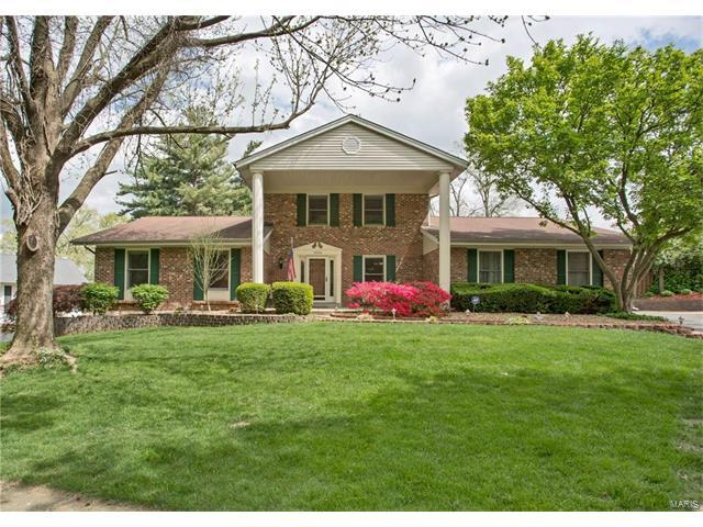 14904 Greenberry Hill Court, Chesterfield, MO 63017 (#17031580) :: Kelly Hager Group | Keller Williams Realty Chesterfield