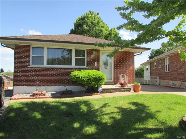 4724 Collins, St Louis, MO 63116 (#17033645) :: Clarity Street Realty