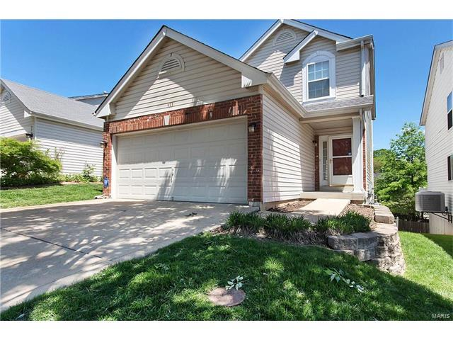 433 Summit Place Court, Fenton, MO 63026 (#17035608) :: The Becky O'Neill Power Home Selling Team