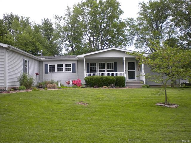 315 Hickory, CARLINVILLE, IL 62626 (#17038527) :: Fusion Realty, LLC