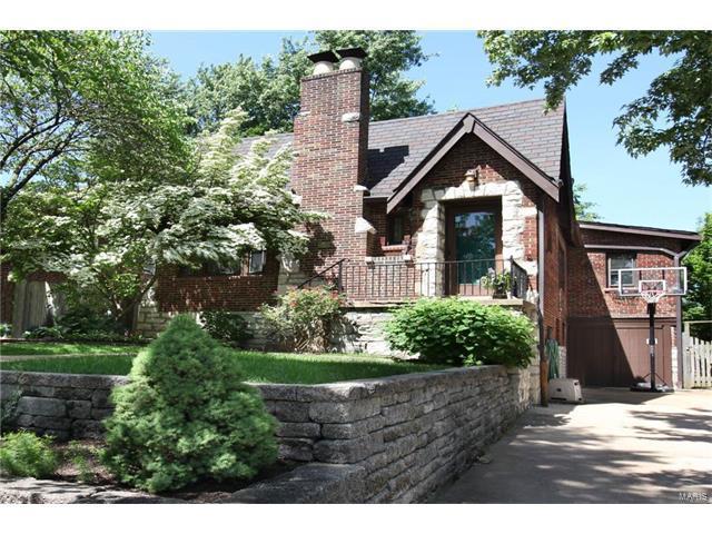 1723 Mccready Avenue, Richmond Heights, MO 63117 (#17042401) :: Clarity Street Realty