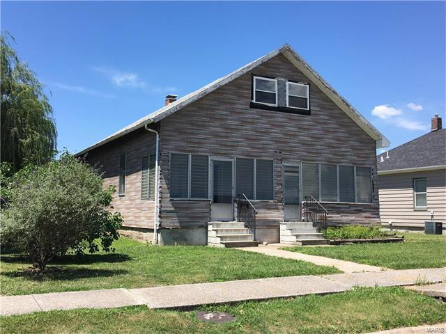 205 Kroeger Avenue, Dupo, IL 62239 (#17047349) :: Fusion Realty, LLC