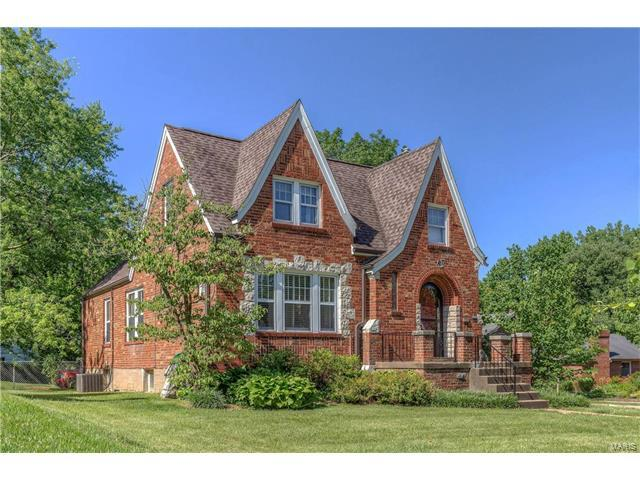 7572 Wise Avenue, Richmond Heights, MO 63117 (#17047623) :: Clarity Street Realty