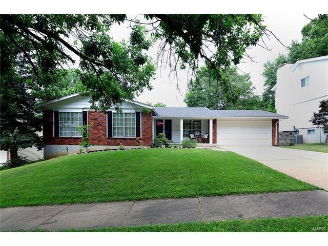 14932 Rutland Circle, Chesterfield, MO 63017 (#17048362) :: Kelly Hager Group | Keller Williams Realty Chesterfield