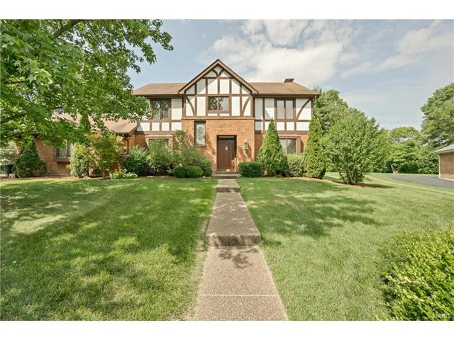 12308 Fox Court, St Louis, MO 63127 (#17048424) :: Clarity Street Realty