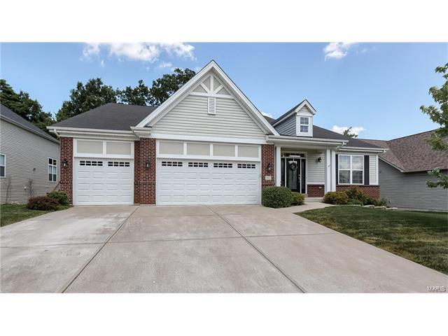 933 Summit Oaks, Eureka, MO 63025 (#17048455) :: The Becky O'Neill Power Home Selling Team