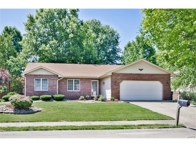 8 Timber Meadows Place, Edwardsville, IL 62025 (#17048503) :: Holden Realty Group - RE/MAX Preferred