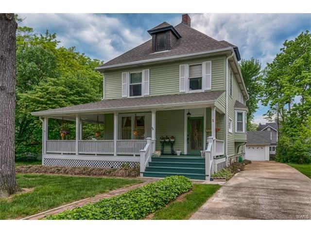 5 Hillcrest Place, Kirkwood, MO 63122 (#17048913) :: Johnson Realty