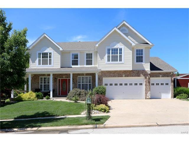 1195 Oak Hill Court, Ellisville, MO 63021 (#17049044) :: The Kathy Helbig Group