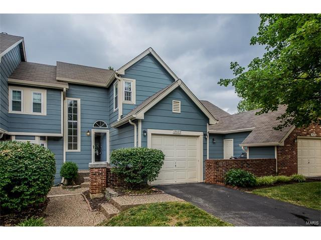12022 Autumn Lakes Drive, Maryland Heights, MO 63043 (#17049255) :: RE/MAX Vision