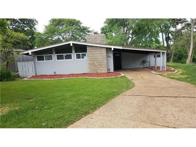 1430 Woodhue Drive, St Louis, MO 63126 (#17049272) :: RE/MAX Vision