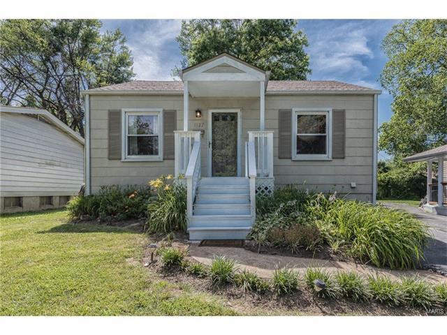 1127 Folger Avenue, Kirkwood, MO 63122 (#17049432) :: Johnson Realty