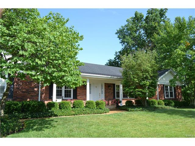 352 Hartwell Court, Chesterfield, MO 63017 (#17049556) :: Clarity Street Realty