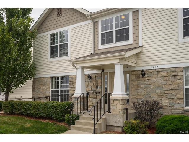 717 Tower Grove Drive A, Fairview Heights, IL 62208 (#17050139) :: Holden Realty Group - RE/MAX Preferred