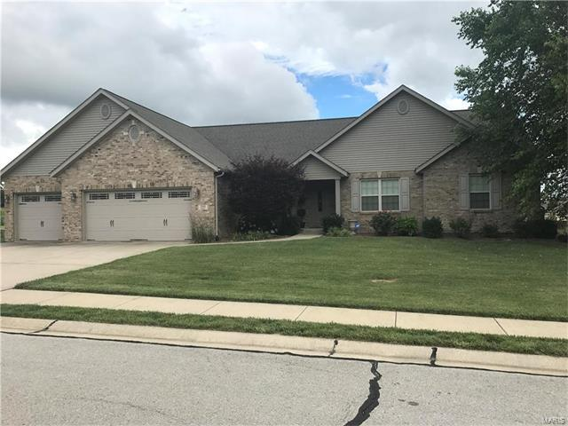 7613 Sedona Circle, Belleville, IL 62221 (#17050186) :: Holden Realty Group - RE/MAX Preferred