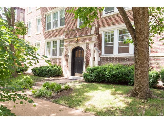 6315 N Rosebury Avenue 1E, Clayton, MO 63105 (#17050355) :: Kelly Hager Group | Keller Williams Realty Chesterfield